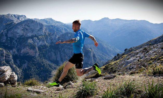 Które sporty zwiększają ryzyko uszkodzenia stawów i jak im zapobiegać?